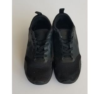 Nike Air Max Tavas PSE Black Sneakers 844105-005